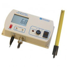 Milwaukee MC110 pH monitor